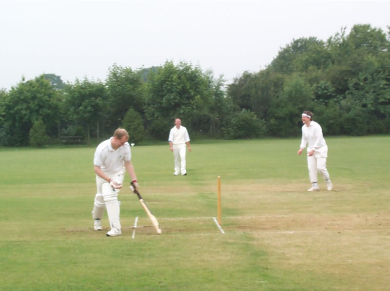 Barry Davenport batting during the double wicket competition on the 2000 tour